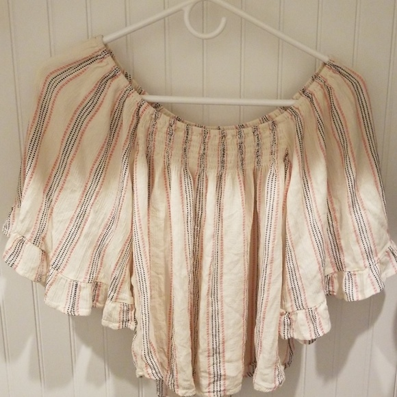 living doll Tops - Womens winged sleeve